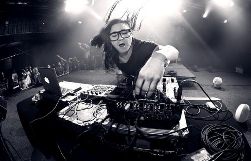 Skrillex / mixing.dj